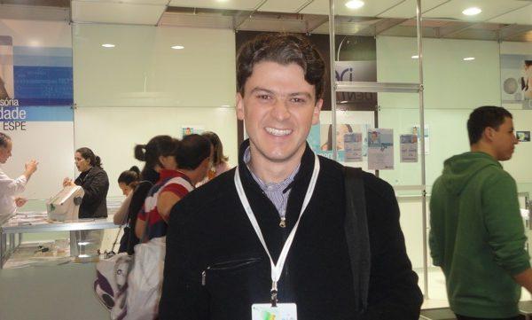 Dr. Eduardo Resende